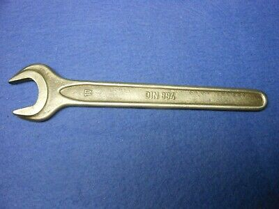 Vintage DIN 894 WGB Open End 17MM Spanner / Wrench (New?)