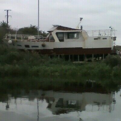 46ft steel cruiser twin screw Diesel live aboard