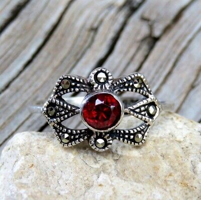 Vintage Art Deco 925 Sterling Silver Bright Red Garnet & Marcasite Ring