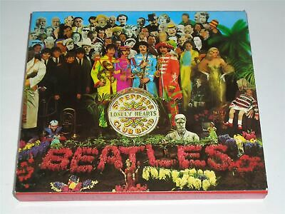 The Beatles - Sgt. Pepper's Lonely Hearts Club Band CD Album