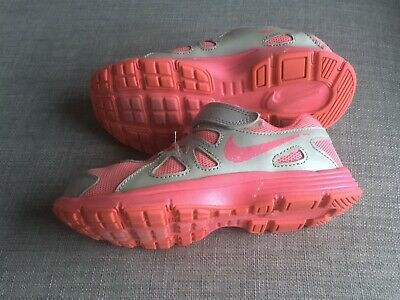 Girls NIKE  AIR Mesh Trainers Size U.K 13 Good Condition