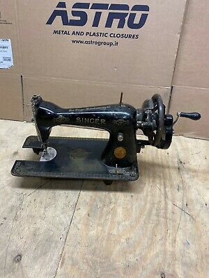 Singer Hand Operated Sewing Machine A9