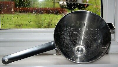 Commercial Catering Stainless Steel Conical Sieve 18cms. FOR CHEF OR KITCHEN