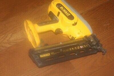 Dewalt DC618 18v 2nd Fix Nail Gun - 32-63mm Nails - NEEDS ATTENTION
