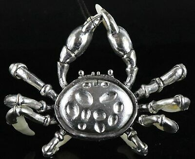 Collect Old Tibet Silver Inlay Wolf Tooth Carved Strong Crab Exquisite Statue