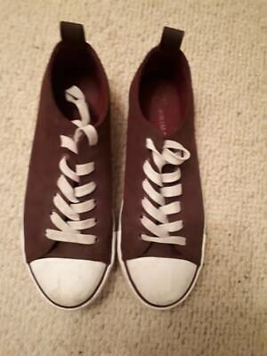 Primark canvas shoe size 7 burgundy and white