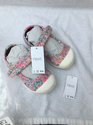 BNWT Baby Girls Next Shoes Size 4