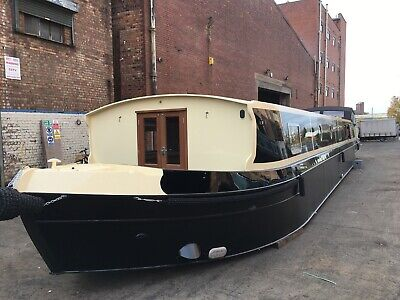 Beautiful 70' x 12' Widebeam Canal Boat