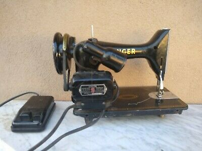 VINTAGE SINGER SEWING MACHINE 99K Electric with Foot Control, working