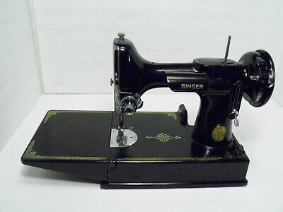 1950 Singer 221 Featherweight Sewing Machine for easy restoration