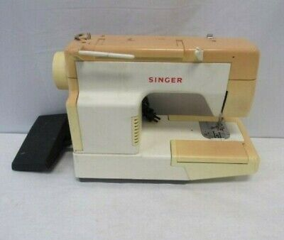 Vintage Singer Sewing Machine 4830C with Foot Pedal Made in Brazil | Free ship