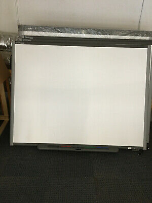 SmartBoard 680 (board and pen tray only)