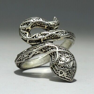 Collectable China Old Miao Silver Hand-Carve Virulent Snake Delicate Unique Ring