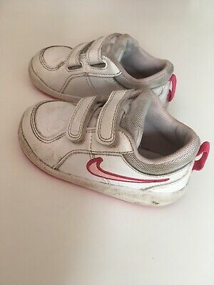 Nike Girls Trainers Size C6.5