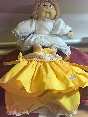 Cabbage Patch Kid girl 1985 Vintage Doll Blue eyes dimple With original dress