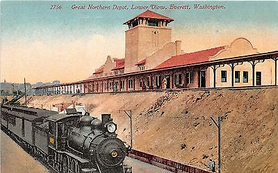 Washington postcard Everett, Great Northern Depot Lower View train at station RR