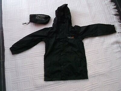Regatta size 3 - 4 years  BLACK PACK A JACKET - RAINPROOF HOODED JACKET with BAG
