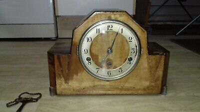 Mantle clock 8 day westminster chimes on hour, half hour and quarter. Beautiful