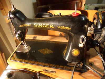Singer 66-16 Centennial Sewing Machine With Manual