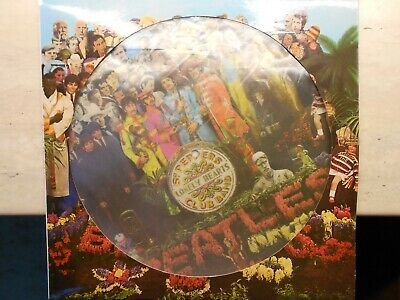 THE BEATLES - Sgt. PEPPERS LONELY HEARTS CLUB BAND - Picture Disc 33rpm