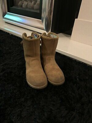 Girls Tan Ugg Boots Size 10