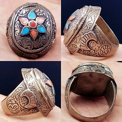 Turquoise Coral inlaid Stunning Unique Ring...Looks very old