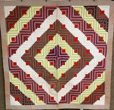 """Red Green! c 1900 Log Cabin QUILT Antique   """"a graphic barn raising"""""""