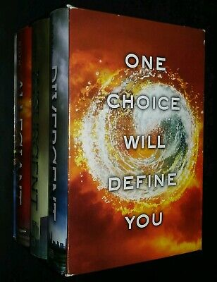 The Divergent Series by Veronica Roth Housed in a Slipcase + The Worlds of Book