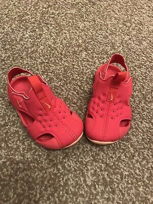 Girls Nike Sunray Sandals Trainers Infant Size 4.5