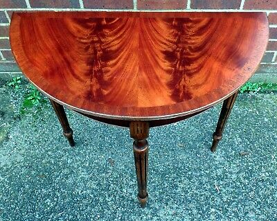 Bevan Funnell Reprodux antqiue Regency stule flame mahogany hall console table