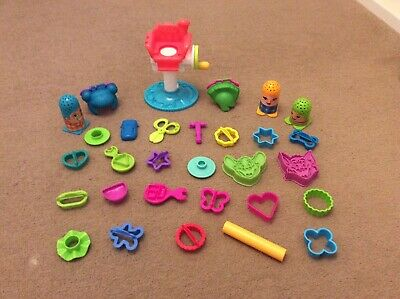 Playdoh Cutters And Hairdressers Playset