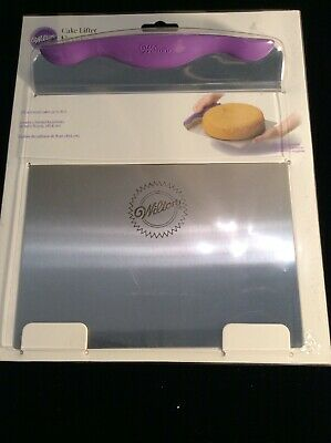 Wilton Stainless Steel Cake Lifter with Non-Slip Handle, 8 x 9 1/2.