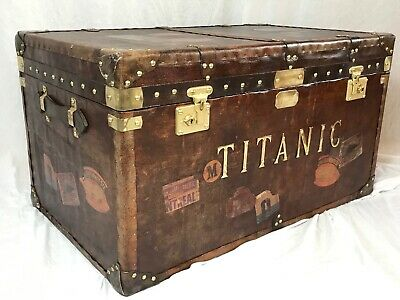 Fine Edwardian Style Large Titanic Distressed Leather Luggage Chest Coffee Table