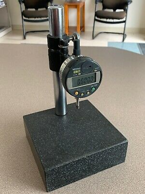 Mitutoyo 543-253 ID-C112T Dial Indicator with Granite Base