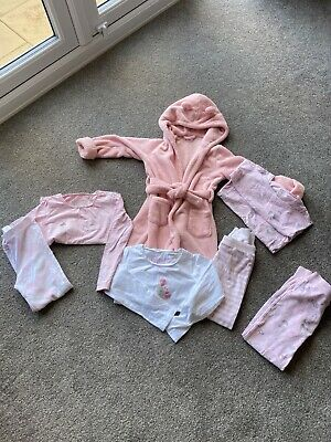 Girls Gap dressing gown aged 5 with hood in pink
