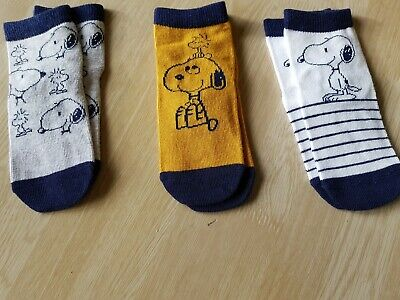 Boys/girls Three Pack Snoopy Socks Size 6-9