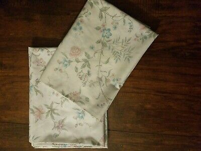 Vintage Lady Pepperell Standard Pillowcases Flowers Floral Blues Pinks Purples