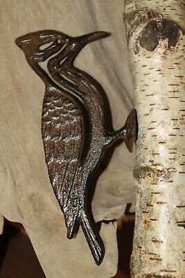 Pileated Woodpecker Garden Decor, Cast Iron (tree not included) H-17B