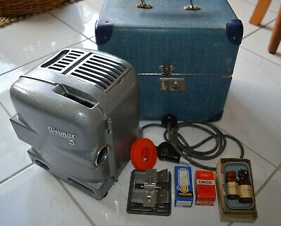 Vintage Weimar 3 8mm Projector with Box and accesories