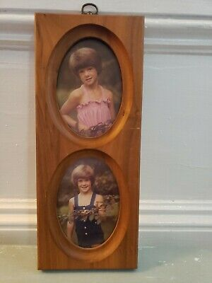 """VINTAGE double oval wood picture frame hanging 3.5"""" x 5"""" photos Total 11.5"""" x 5"""""""
