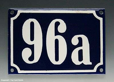ALTE EMAIL EMAILLE HAUSNUMMER 96a in BLAU/WEISS um 1960