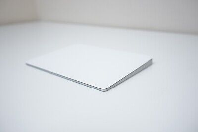 VERSATILE Apple Magic Trackpad 2 Silver Rechargeable (MJ2R2LL/A) A1535