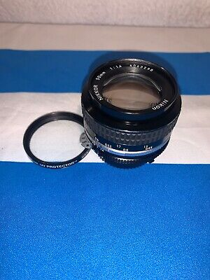 Nikon Camera Nikkor 50mm 1:1.4 Zoom Lens, MINT condition