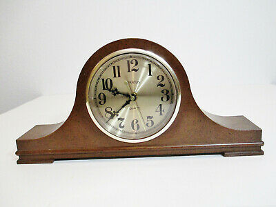 Vintage SPARTUS Clock Mantle - Shelf - Desk Battery Powered Quartz Made in USA