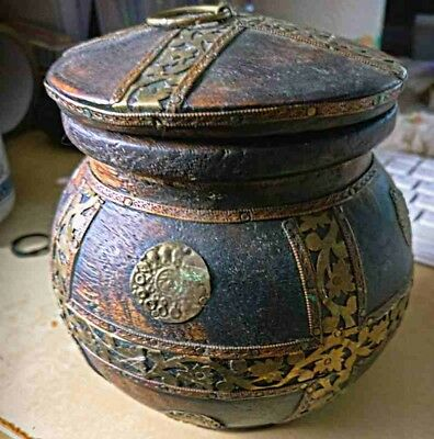 Beautifully Detailed Antique Solid Wood Container With Lid - Origin Unknown