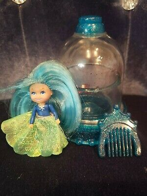 Vintage 1992 Krystal Princess Snow Dreams Doll Dome Comb Dress