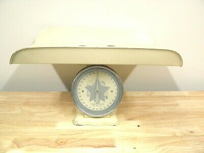 Vintage 1940s Nursery Baby Scale - Weighs to 30 lbs by Ounces