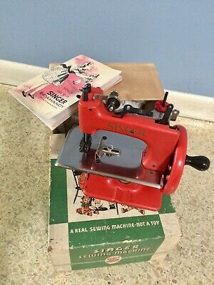Singer Child Sewing Machine SEWHANDY Red with Box and Booklet TSM