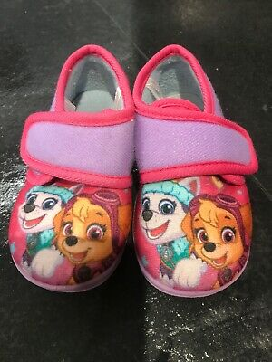 Girls Toddler Infant Size 6 Nickelodean Slippers Worn  Twice Small UK Size 6
