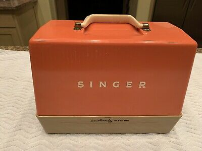 SINGER SEWHANDY MODEL 50D CHILD ELECTRIC SEWING MACHINE in Original box